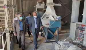 بازدید اسماعیلی نماینده مردم شهرستان میانه از واحدهای تولیدی و صنعتی
